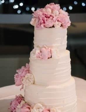 Fifi Le Femme Wedding Bakery Charlestown NSW