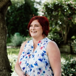 Melodie Awesome Marriage Celebrant Lambton