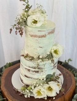 Wedding Cakes by Kayla Newcastle NSW